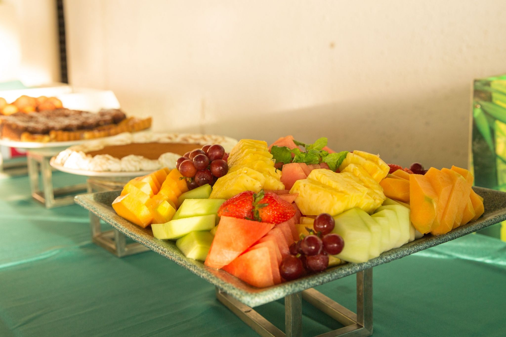 BBQ buffet of salads, soup, hot appetizers, fruits and desserts.